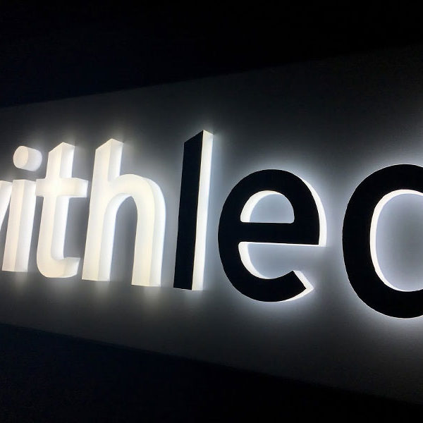 Letras corporeas retroiluminadas Withled