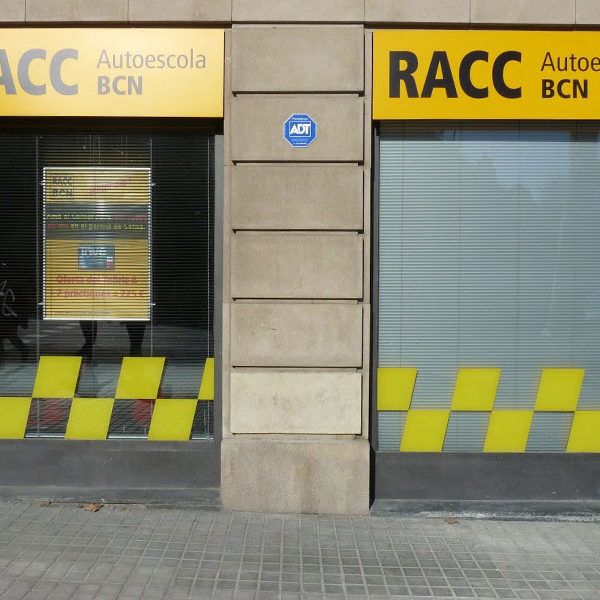 Rótulos luminosos auto escuela BCN